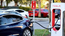 Tesla, Japonya'da enerji depolama tesisi kuruyor
