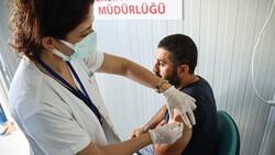 Türkiye'de uygulanan toplam aşı miktarı 90 milyon dozu geçti