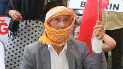 Hakkari'de HDP'yi protesto eden baba, kızının polis olmak istediğini söyledi