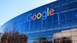 Google, ofise dönüş tarihini 2022'ye erteledi