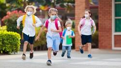 Çocukları okulda salgından korumanın yolu aşıdan geçiyor