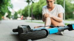 Elektrikli scooter kullanırken koruyucu ekipman şart