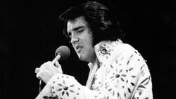 Elvis Presley'in tulumu ve pelerini açık artırmaya çıkarıldı