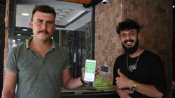 Antalyalı kuaförün aşı kampanyası