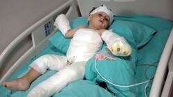 İzmir'de eşi ve 1,5 yaşındaki oğlunu  kolonya ile ateşe verdi