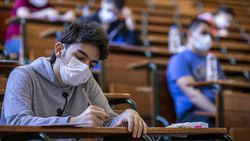 Üniversiteliler aşı için bu haftayı değerlendirmeli