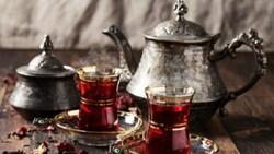 Çaykoliklere: Çayınızı zenginleştirecek 6 lezzet