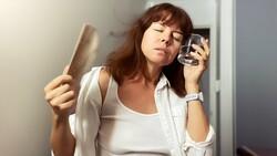 Menopoz kaynaklı şikayetler tedavi edilebilir