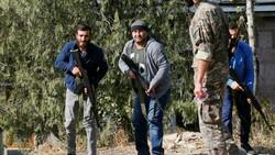 Ermenistan sivilleri cepheye hazırlıyor