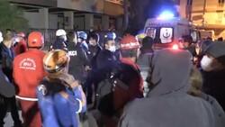 İzmir'de yaşlı kadın 14 saat sonra sağ çıkarıldı