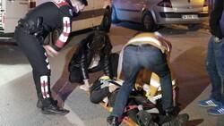 Beyoğlu'nda yolun karşısına geçmek isteyen kişiye taksi çarptı