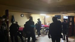 Sivas'ta kaçak iskambil oynayan 20 kişiye baskın