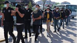 Kocaeli'de 3 milyon liralık vurgun yapan 14 sahte bankacı tutuklandı