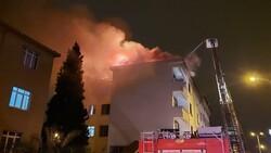 Sultanbeyli'de 5 katlı binanın çatı katında yangın çıktı