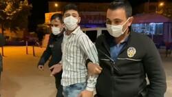 Bursa'da Suriyeli gencin üzerinden 'polis rozeti' ve 'ruhsatsız tabanca' çıktı