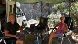 Karavanla dünya turuna çıkan Fransız aile, Türkiye'ye hayran kaldı