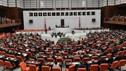 AK Parti, 4'üncü Yargı Paketi'ni TBMM'ye sundu