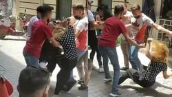 Bursa'da kavga eden genç kızları esnaf güçlükle ayırdı