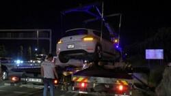 Ümraniye'de makas atarak ilerleyen otomobil, başka bir araca çarptı