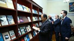 Türkiye'den Karabağ'daki kütüphanelere 10 bin kitap bağışı