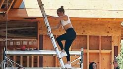Jennifer Lopez, Ben Affleck ile birlikte yaşayacağı evin inşaatını denetledi