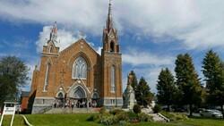 Kanada'da Katolik Kilisesinin hayır kurumu statüsünün iptali için kampanya başlatıldı