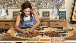 Mozaik sanatçısı, Gaziantep'in yöresel lezzetlerini işledi
