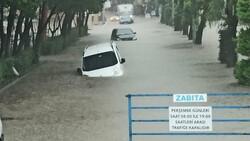 Kastamonu'da sağanak yağışla yollar su altında kaldı