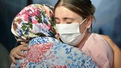 Afganistan'da başörtüsü sayesinde hayatları kurtuldu