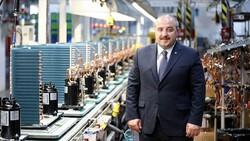Mustafa Varank: Katma değerli üretim yapan firmaları desteklemeye devam