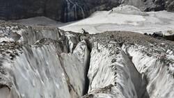 Cilo Dağları'ndaki buzullar, küresel ısınma nedeniyle eriyor