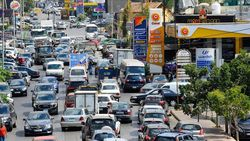 Lübnan'da akaryakıt fiyatları yüzde 66'nın üzerinde arttı