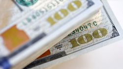 Piyasalarda Dolar/TL hareketleri takip ediliyor