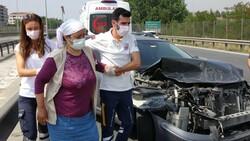 Kocaeli TEM'de kaza yapan araç, ters yöne döndü