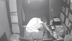Taksim'de hırsızların rahatlığı: Otelden telefon ve para çalıp, kaçtılar