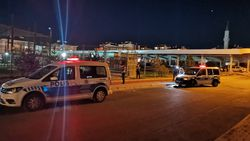 Kayseri'de halı sahada tartıştığı 3 kişiyi tüfekle vurarak yaraladı