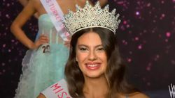 Miss Turkey 2021 birincisi Dilara Korkmaz oldu