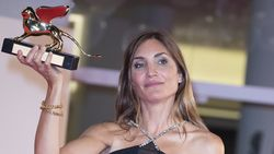 78. Venedik Film Festivali'nde Altın Aslan ödülü L'evenement'e gitti