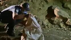 Tunceli'de 6 yavru köpeği torbaya koyup, nehir kenarına attılar