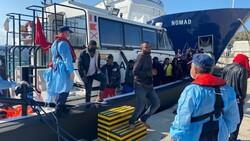 İzmir açıklarında 184 kaçak göçmen kurtarıldı