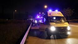 Sakarya'da kaza yapan alkollü sürücü hastaneye gitmeyi reddetti