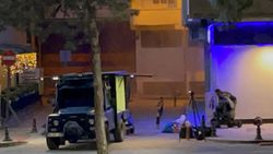Batman'da kaldırımda duran çantanın içinden bomba çıktı