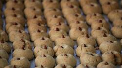 Malatya'da kayısı çekirdeğinden kurabiye yok satıyor