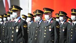 Bursa'da jandarma astsubay adayları törende ant içti