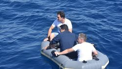Aydın'da lastik botla bulunan şahısların FETÖ'den arandığı belirlendi