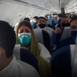 Türbülansa giren Hindistan uçağında panik anları