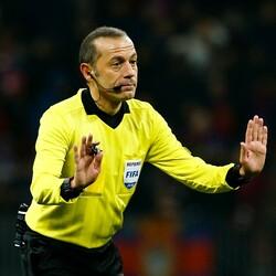 Cüneyt Çakır, Barcelona-Napoli maçını yönetecek