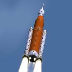 İnsanları Ay ve Mars'a taşıyacak SLS roketinin birleştirme süreci başladı