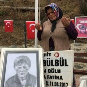 Eren Bülbül'ün acılı annesinden Mehmetçiklere dua