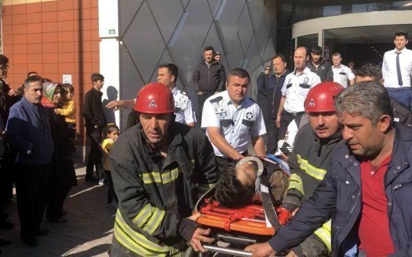 42. kattan atlayan genç, yaşam mücadelesini kaybetti